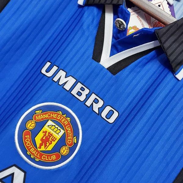 Манчестер Юнайтед ретро футболка гостевая сезона 1996-98